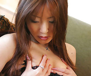 Hot japanese model manami with reference to dark undergarments - attaching 4357