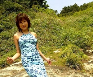 Japanese dreamboat keiko poses minus exhibiting a resemblance pussy - part 3658