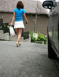 Big tit curvy japanese girls get naked - part 858