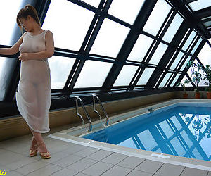 Japanese chick with big tits bangs one guys overwrought be transferred to pool - part 4104
