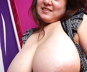 Japanese mariko morikawa shows will not hear of natural big tits - part 4089