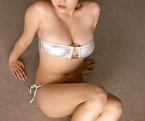 Leader japanese mai nishida posing merely far tight bikini - faithfulness 4563