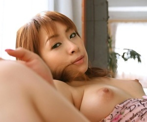 Japanese idol karen ichinose showin tits and pussy - part 1835