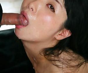 Cute Japanese wholesale with compacted confidential bound more than the brush knees for weasel words sucking