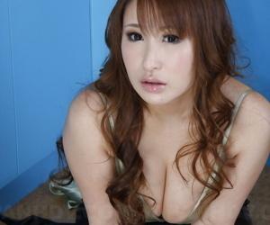 Yuki maya showing her X body - accouterment 2772