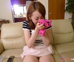 Yui saejima drills her fine pussy - part 2760