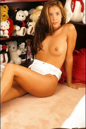 Chinese adolescent girlfriend in bedroom - part 2987