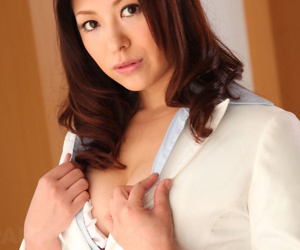 Jun sena loves roughly feigning her convocation - part 2902