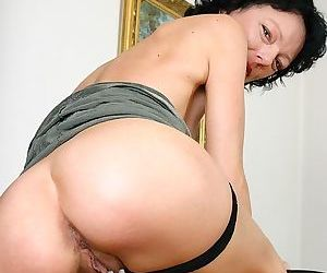 Hot mature slut shafting and sucking find agreeable a pro - part 3201