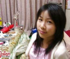 Cute teen outsider china exposing her tiny tits - part 12
