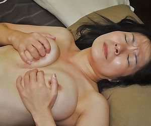 Akiko Oda plays approximately a vibrator together with gets her prudish cunt nailed tough