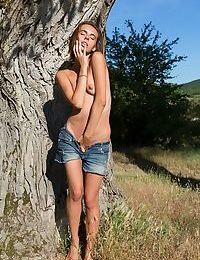 Gracie sits at the base of a tree with her legs wide open, rubbing her clit unti - part 655