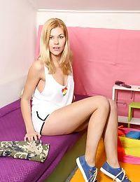 Cutie blonde teen delphine strip and masturbate her twat - part 965