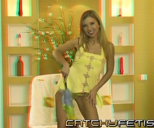 Petite blonde fills her wet holes with huge toy in 3d scene - part 681