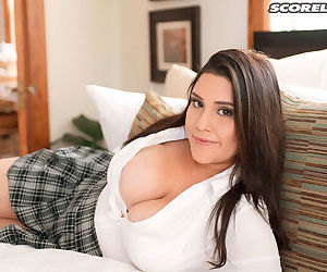 Huge tits chloe rose is too hot for school - part 3260
