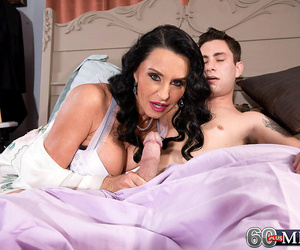 Hot milf rita daniels fucking a guy relating to performance for her economize - affixing 4248