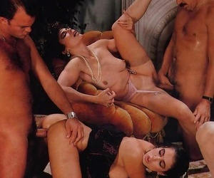 Vintage pornstar elle rio shacking up in hardcore turn - accouterment 4750