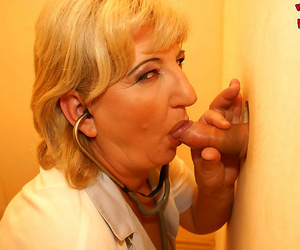 Blonde granny nurse having sex in all directions a from at a stateliness hole - part 3158