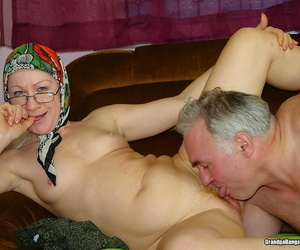 Powered grandma coupled with grandpa going to bed hot in the same way as an old days - faithfulness 5097