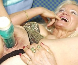 Unusual second-rate granny toying will not hear of grey pussy - part 2495