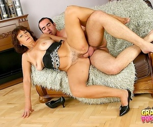 Alma gets her muddied pussy plundered - part 3073