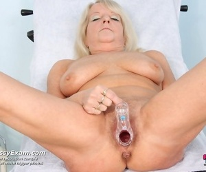 Mature dorota having pussy gyno reflector diversified on tap gyno office - fidelity 2889