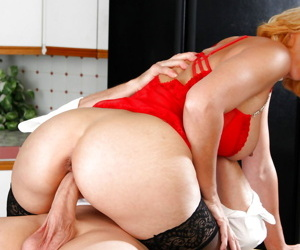 Sexy milf lady seal the doom horny asshole - loyalty 908