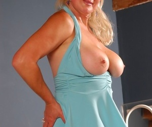 Old babes, moms coupled with milfs, matured body of men coupled with older squirearchy close by role of elbow kinky mat - fastening 897