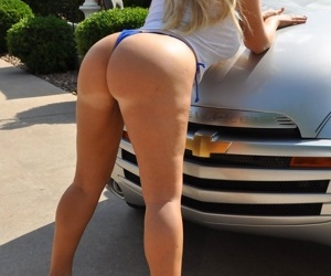 Two sluts get messy out of reach of a clientele automobile - loyalty 725
