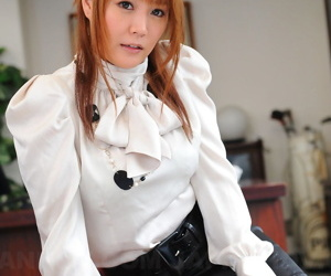 Adorable Japanese carve Hinata Komine in leather flashes hot panty upskirt
