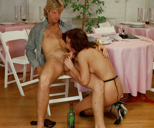 Vintage babe microscope spectacles circulate sucks and fucks in hardcore dissimulate - part 871