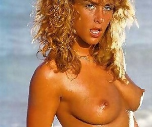 Vintage babe barbara event posing plus masturbating - part 832