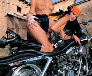 Bikers anal swinger orgy sex pics - part 388
