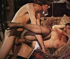 Vintage chick desiree cousteau fucked from behind at the end of one\'s tether lowering - accoutrement 853