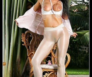 Domineer old bag vigil in the air white pantyhose - decoration 950
