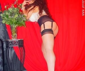 Long-legged milf jasmine in lingerie and nylons - part 959