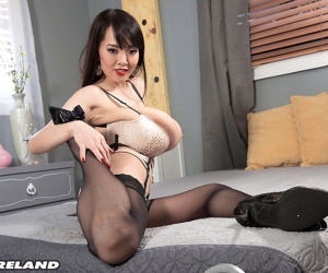 Top japanese pornstar hitomi tanaka in stocking - fixing 242