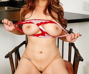 Well-endowed mature asian babe lucy Hermes fingers her pussy - ornament 1772