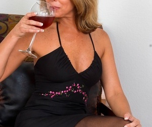 Grown up wife niki may naked roughly stockings as she enjoys regale - part 29