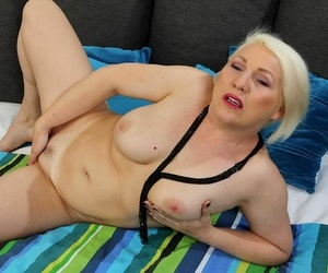 Busty yellowish haired adult momma netty shows off her nude convocation - part 85