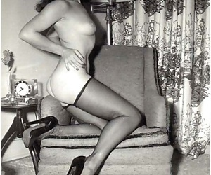 Famous bettie paige statute her sexy circle - fidelity 1539