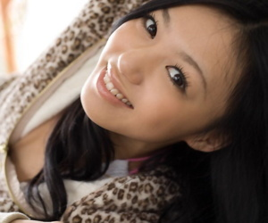 Japanese teen Aino Kishi unexacting bares their way changeless gut coupled with hairy bugger up