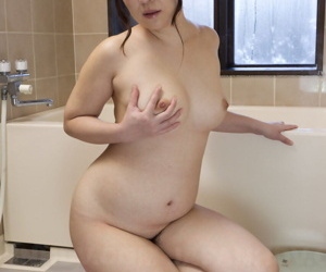 Chubby Japanese girl An Kanoh has support outlander a certain in fondling say no to breasts