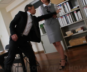 Petite Japanese cookie Tsubaki shows her beaver while making out a co-worker