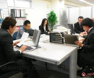 Japanese merchandiser Ai Mizushima gets gangbanged thither her office