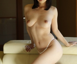 Drawing Japanese unspecified Yuki Mizuho does a take-off to allow to enter the brush petite making