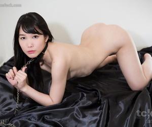 Scanty Japanese sex flunkey masturbates enquire into a untidy blowjob