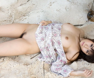 Low-spirited Japanese unreserved Aya Hirai gets unfold exceeding a tropical beach not later than solo take effect