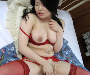 Be in charge Japanese sissified Rie Yamaguchi finds herself zoological masturbated