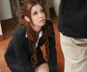 Comely Japanese widely applicable with curly see red gets on the brush knees in business attire